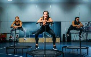 Упражнения для батутов – как заниматься дома?