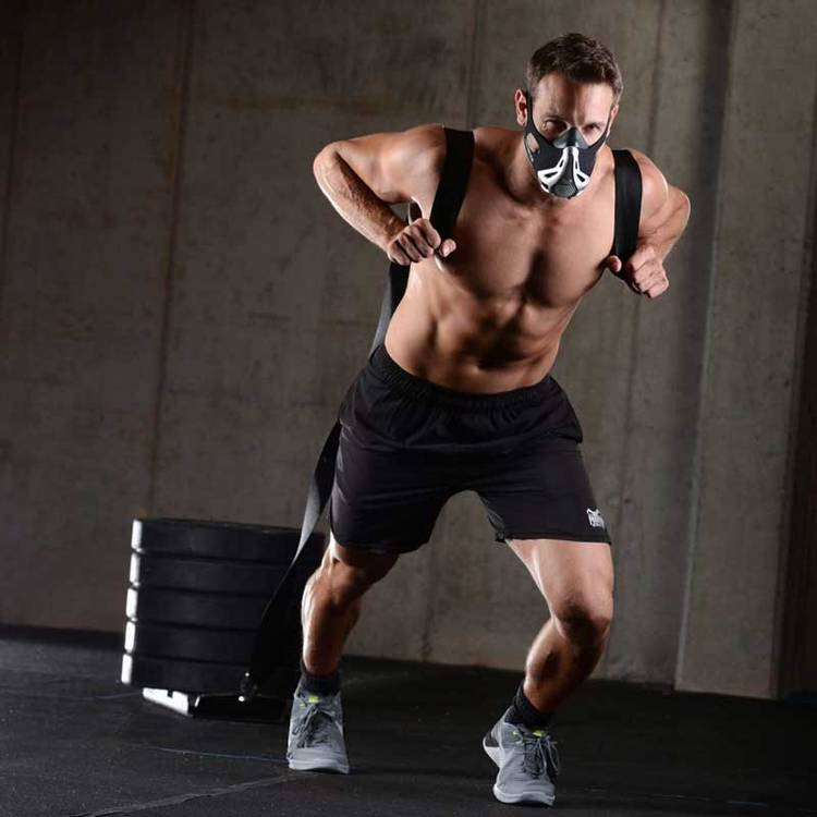 фитнес в маске
